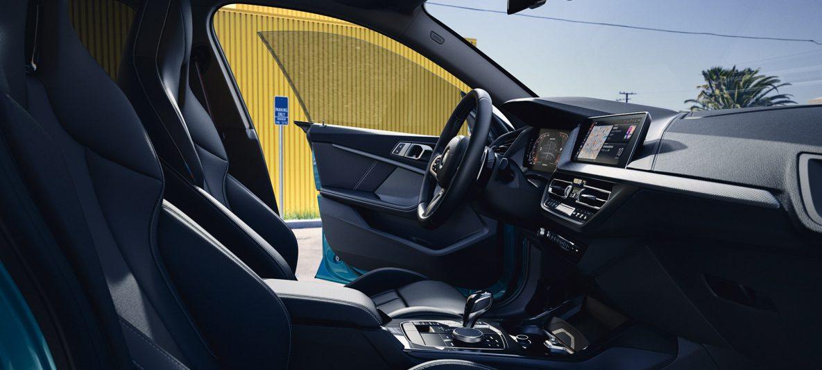 BMW 2er Gran Coupé mit BMW Live Cockpit Professional F44 Interieur